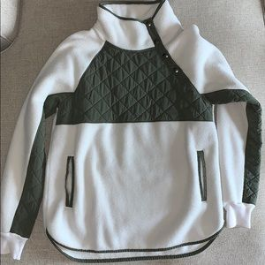 Abercrombie & Fitch pullover size S